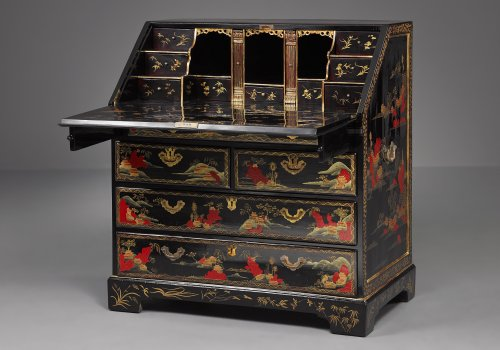 Furniture  - Chinese Laquered Writing Desk made for the European Market
