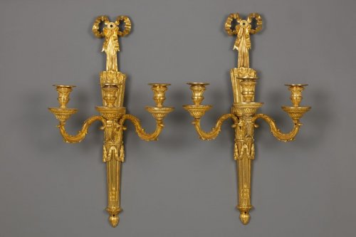 Pair of French Louis XVI wall sconces - Lighting Style Louis XVI