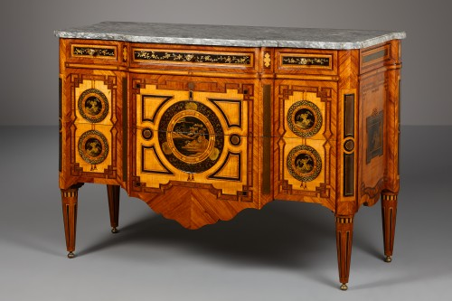 Dutch Louis XVI Commode with Lacquered Panels - Furniture Style Louis XVI
