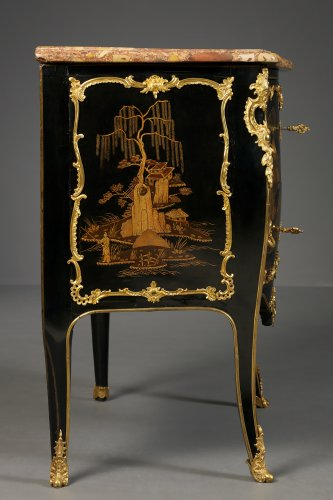 Furniture  - Louis XV Ormolu Mounted Black and Gilt Vernis Martin Lacquer Commode