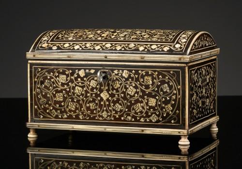 Vizagapatam Box - Decorative Objects Style