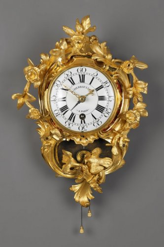 "A French Louis XV ""Cartel d'Alcove"" - Clocks Style Louis XV"