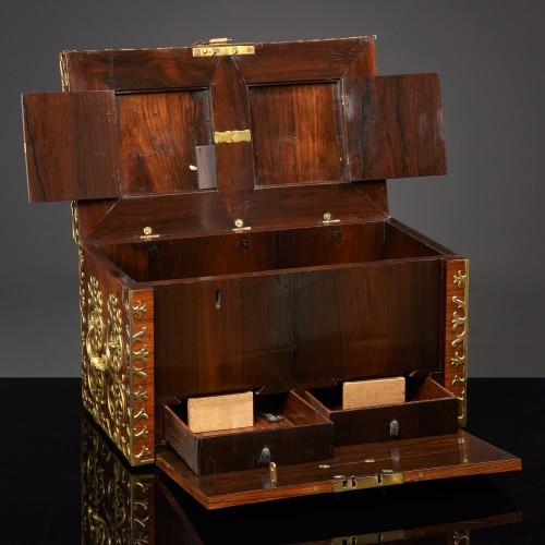 17th century Strongbox - Curiosities Style Louis XIV