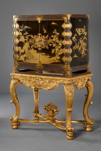 Japanese Lacquer cabinet on a French giltwood Régence stand -