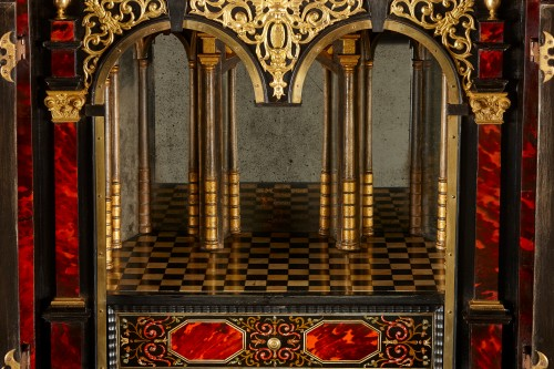 17th century - Flemish Lacquer inlaid and Tortoiseshell Cabinet-on-stand,  Antwerp