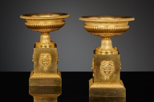 Pair of French Empire Gilt-bronze Coupes - Decorative Objects Style Empire