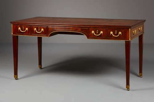 English Georgian Writing Table - Furniture Style Louis XVI