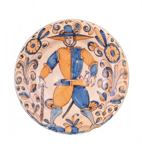 A Talavera serie tricolor dish