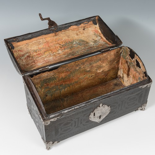 Furniture  - A leather casket. France, 16th century.