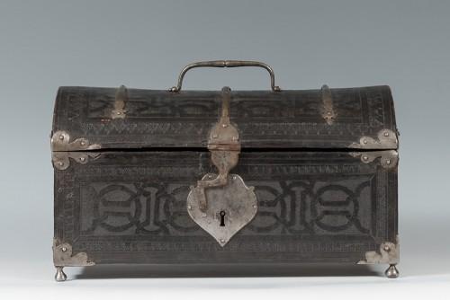 A leather casket. France, 16th century. - Renaissance