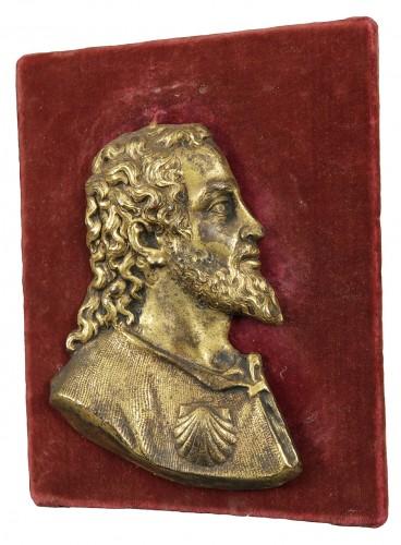 A Saint Jacques gilt bronze sculpture, Spanish school, 16th century - Curiosities Style