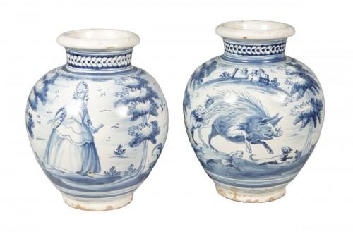 A pair of Talavera de la Reina vases, around 1750