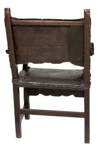 """A viceregal chair, """"frailero"""" type. Peru, first half of the 18th century. -"""