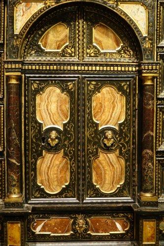 Florentine cabinet in marquetry of precious stones, circa 1800-1820 - Furniture Style Empire