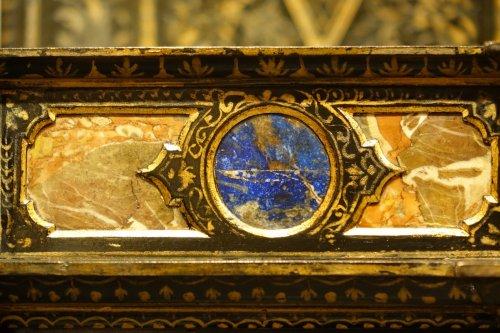 Empire - Florentine cabinet in marquetry of precious stones, circa 1800-1820