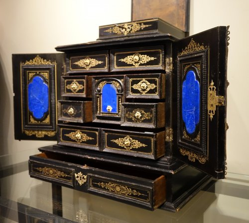 17th Century Cabinet in marquetry of ebony,decorated  with lapis-lazuli -