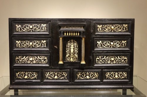 17th Century Ebonized Wood Cabinet with Inlay, Northern Italy - Furniture Style Louis XIII
