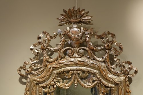 18th century Mirror in carved wood and silver plated wood - Mirrors, Trumeau Style Louis XVI
