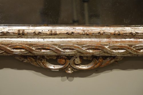 18th century - 18th century Mirror in carved wood and silver plated wood