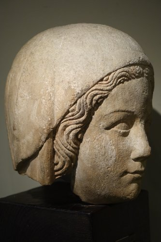 14th Century Head of the Holy Virgin in Limestone, France   - Middle age