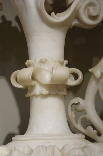 19th century - Pair of alabaster ewers, Italy, 19th century