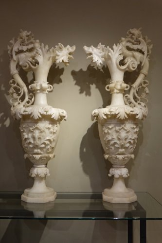 Antiquités - Pair of alabaster ewers, Italy, 19th century