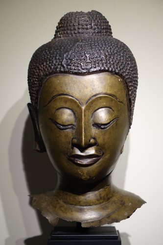 Buddha Head in Lost-Wax Casting Bronze, Ayutthaya, 17th Century, Thailand - Asian Art & Antiques Style