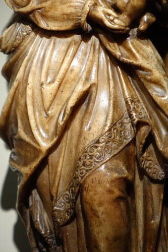 Religious Antiques  - Virgin and Child in Alabaster, Flanders, 17th Century