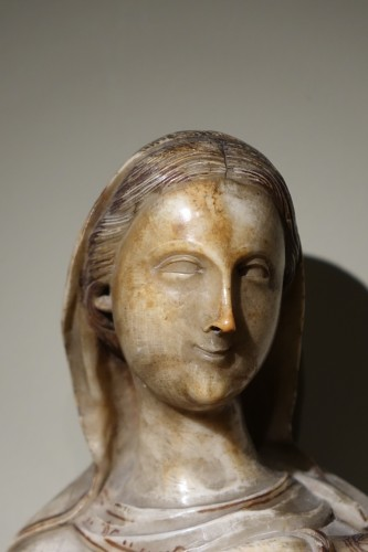 Virgin and Child in Alabaster International Gothic,North of Italy, 16th Cen - Sculpture Style Renaissance
