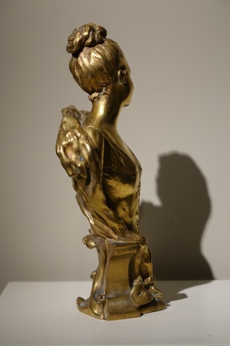 Bust of a Young Woman Gilt Bronze, Signed E.LAPORTE - Sculpture Style Napoléon III