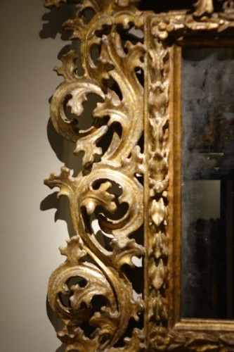 Baroque Late 17th -18th century Italian Mecca  Giltwood Mirror  - Mirrors, Trumeau Style