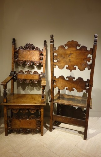 Antiquités - Pair of Large 17th Century Armchairs, Lombardy or Tuscany , Italy 17th C