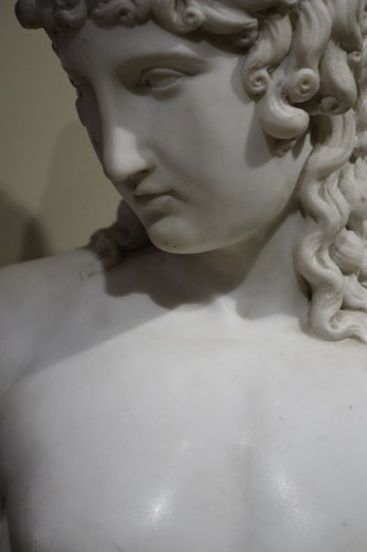 A Bust Sculpture in Carrara Marble, French Neoclassical School, circa 1800- - Sculpture Style Empire