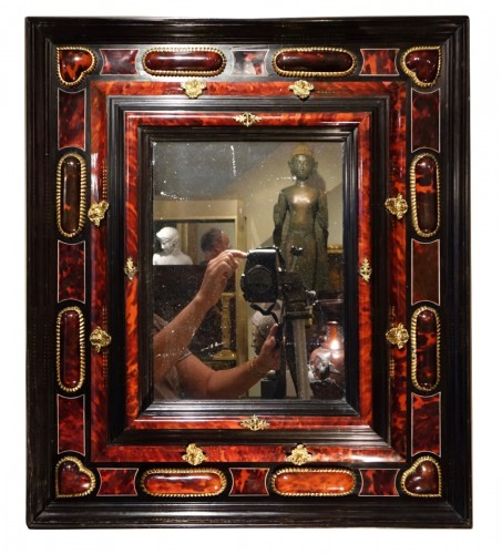 Flemish Mirror in tortoise shell, Anvers, 17th century