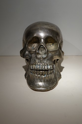 Silvered Bronze Sculpture Skull, Sicily, 18th Century - Curiosities Style Louis XV