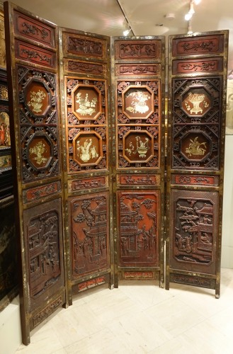 A  19th century  Chinese lacquer screen  - Asian Art & Antiques Style