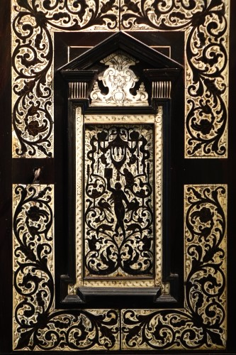 A 17th c. blackened wood,rosewood and ebony ,ivory inlaid,Italy (Venise)  - Furniture Style Louis XIII