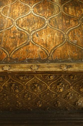 Antiquités - Large wedding cassone in pastiglia, Italy 15th century