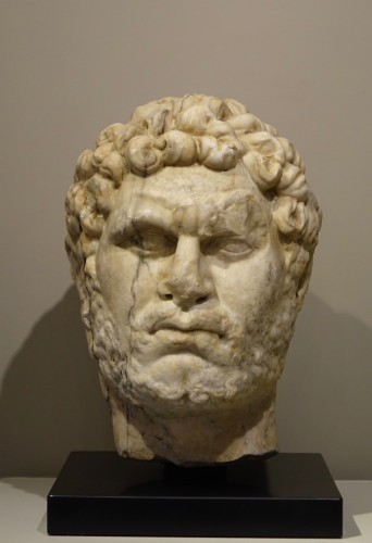 Marble sculpture representing the Emperor Caracalla, 3th c.AC - Sculpture Style