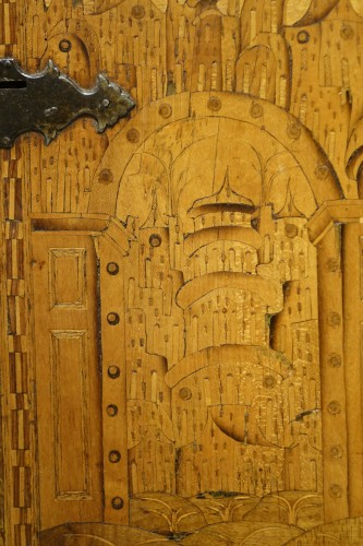 17th century - 16th Century German Cabinet with a Floral and Architectural Decoration