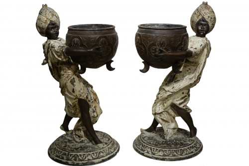 Pair of table planters in babbit metal , England 19th century