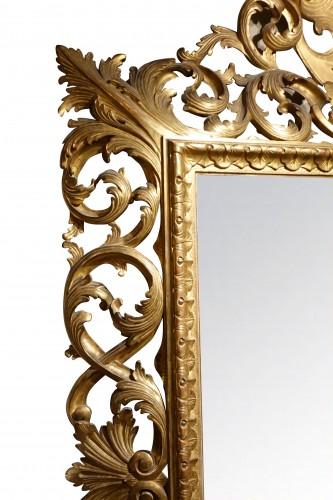 Important Italian 19th c.pediment giltwood mirror - Mirrors, Trumeau Style Napoléon III