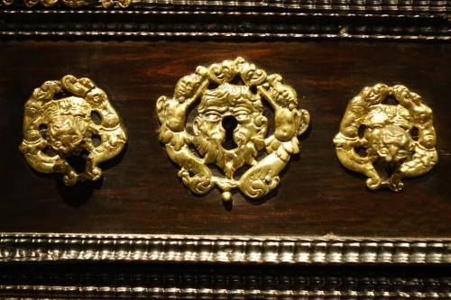 Furniture  - A 17th c. Indo-Portuguese rosewood cabinet