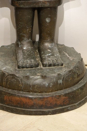 A huge standing bronze Bouddha,Northern Thailand 19th century -