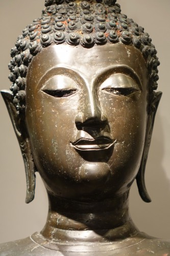 - A huge standing bronze Bouddha,Northern Thailand 19th century