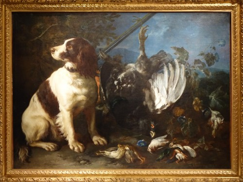 A Springer dog in front a hunting trophy - Frans Werner von TAMM