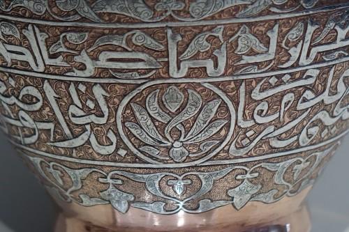 Antiquités - Large silver inlaid copper vase,Syria or Egypt, circa 1900.