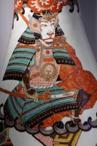 Antiquités - Large vase with Samurai motifs - Japan Meiji period