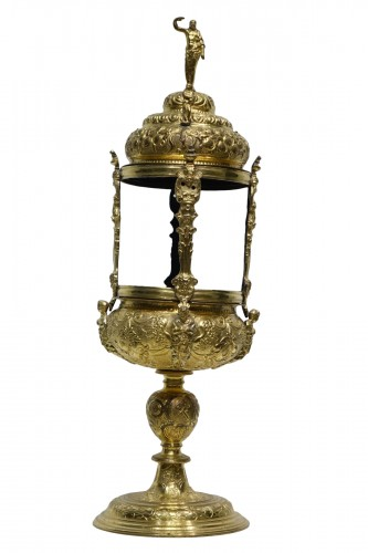 Reliquary-monstrance, gilt copper, late 16th c., France