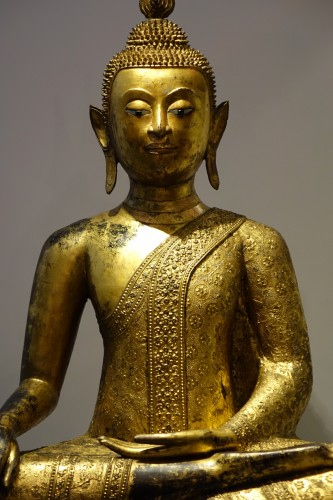 A huge bronze Bouddha on his base , Thailand,2nd half of the 19th c. - Asian Art & Antiques Style Napoléon III